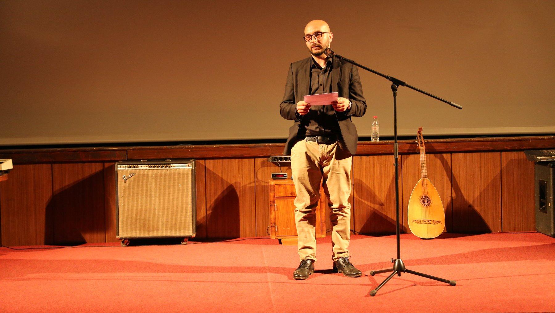 Avni Mustafa - Director of Roma Versitas Kosovo